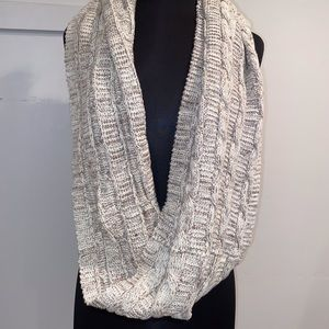Tan and white scarf